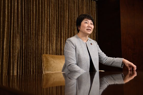 Hong Kong Tension May Hasten Daiwa's Shift to Mainland