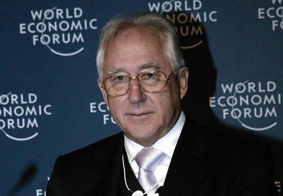Billionaire Retail Titan Can Avert Downgrade: Chile Fixed Income