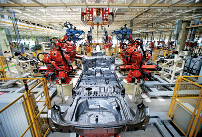 Welding robots piece together a car at Great Wall's Tianjin plant
