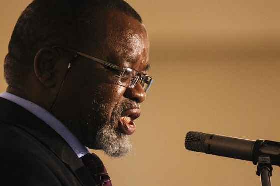 South African Minister Denies Corruption in Electricity Feud