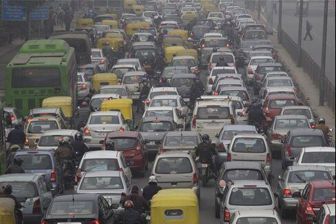 Road Traffic In New Delhi