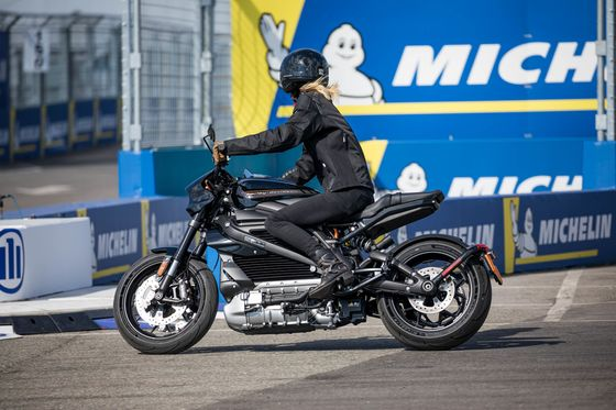 Harley Unleashes the Silent E-Hogs