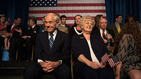 Former Representative Ron Paul and his wife Carol Paul wait for the start of their son's rally at the Galt House hotel in Louisville, Ky., on April 7, 2015.