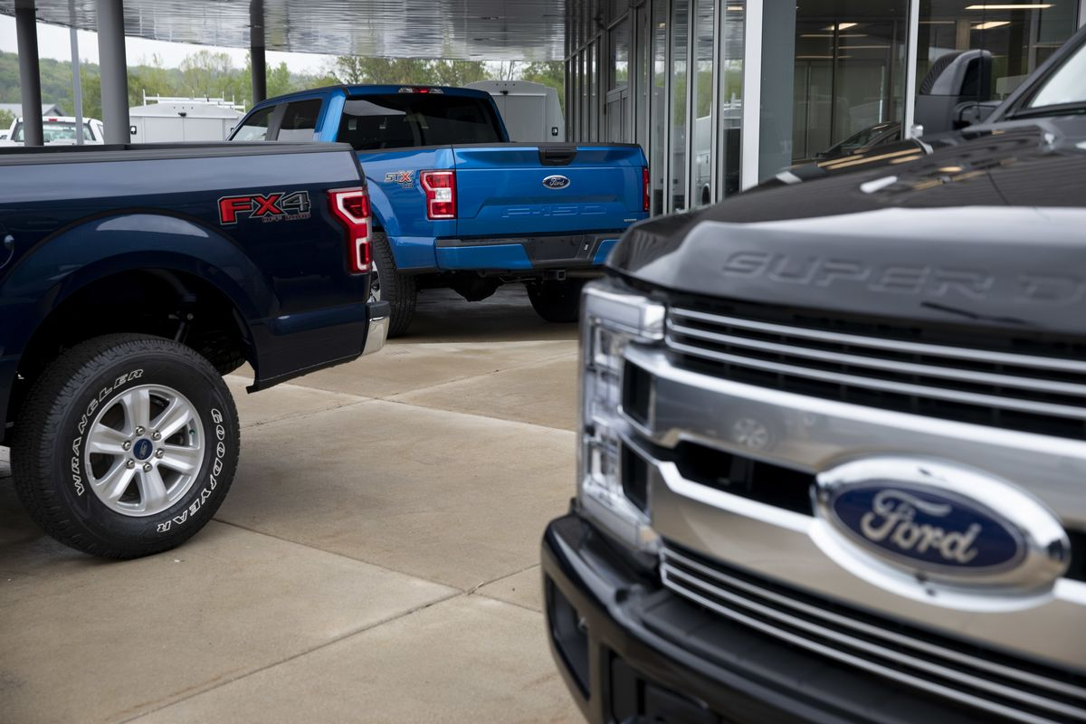 Ford Chases Tesla in a Built-to-Order F-150