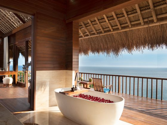 Turn Valentine's Day Into a Romantic Weekend at One of These Lovely Hotels