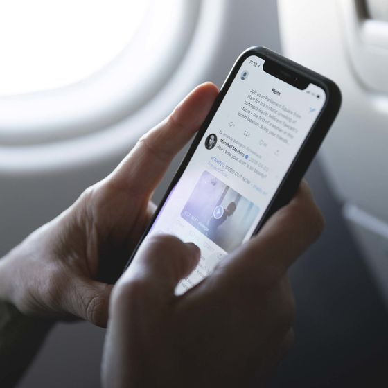 These Airlines Offer the Best In-Flight Wi-Fi—if You're Lucky