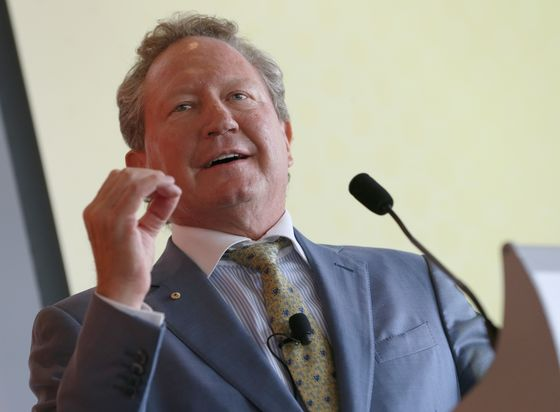Australian Fires Spur Mining Magnate to Raise Funds to Combat Disaster