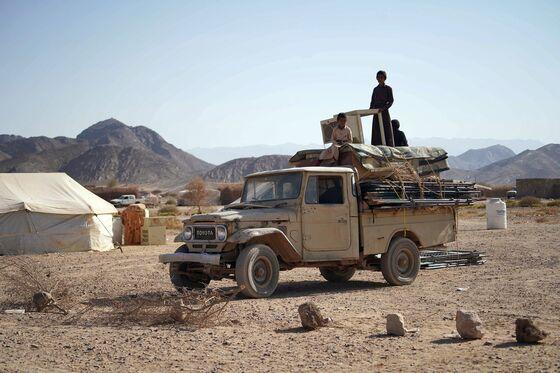 Mountain Battles Signal Path to Yemen Peace Runs Via More War