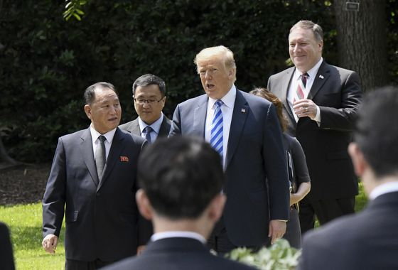 Trump Eases Tone on North Korea With Singapore Summit Back On