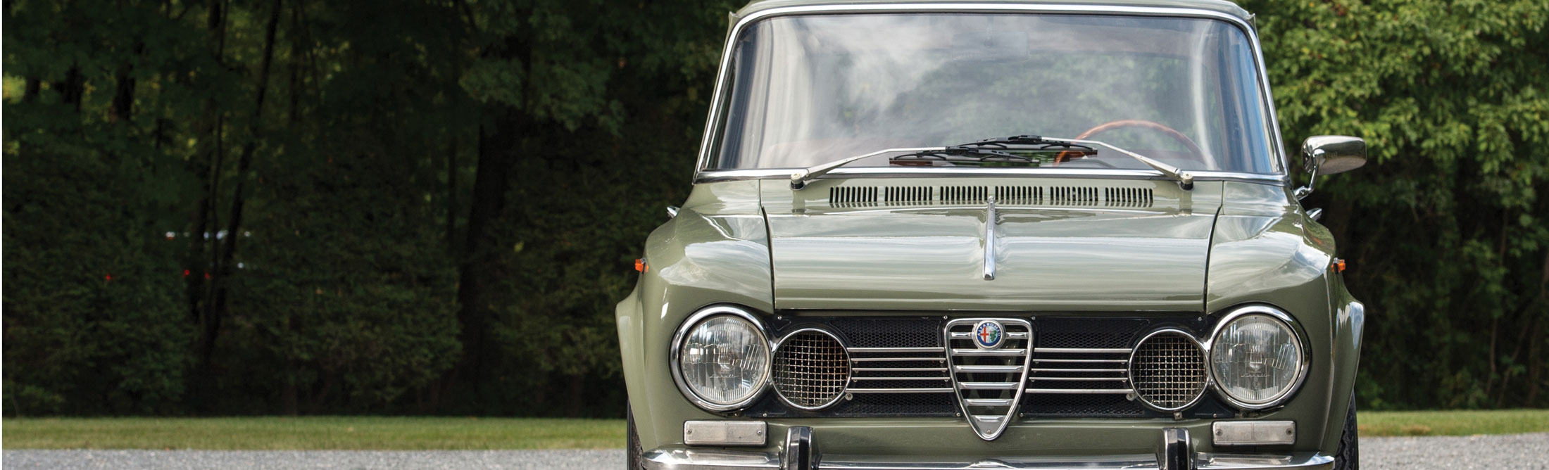 1960s Alfa Romeo Giulia Super Why It S Prime Time To Invest Bloomberg