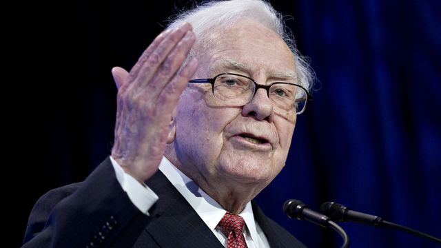 Buffett's Berkshire 'Bought More Apple Than Anything Else' in a year ago