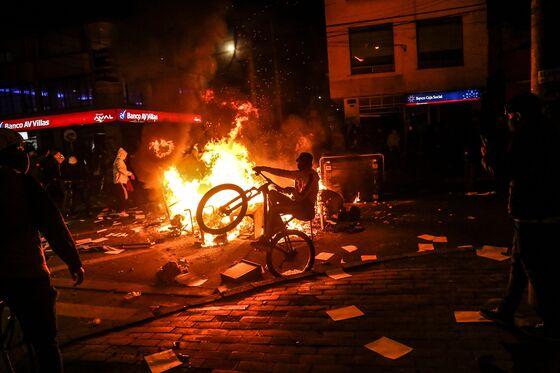 Bogota Explodes in Anti-Police Riots After Tasered Man Dies