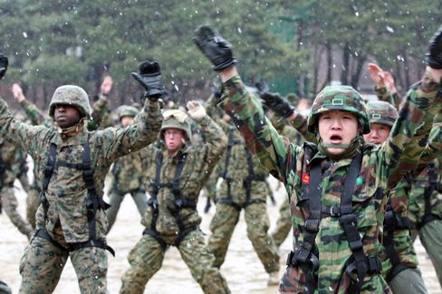 U.S. Begins War Games With South Korea as North Threatens Battle