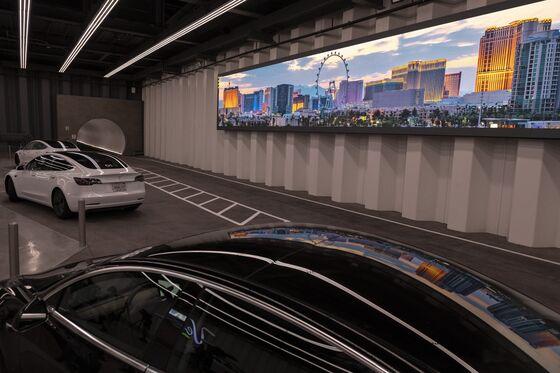 Musk's Las Vegas Tunnel IsLike aTesla Amusement Park Ride