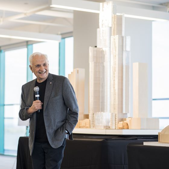 Builders of Gehry's Toronto Towers Brace for Dip as Market Cools
