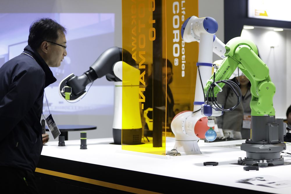 Fanuc's Resting Robots Will Be Right Back - Bloomberg