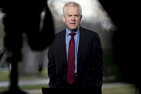 Trump Trade Hawk Peter Navarro Tries His Hand at Fed Policy Advice