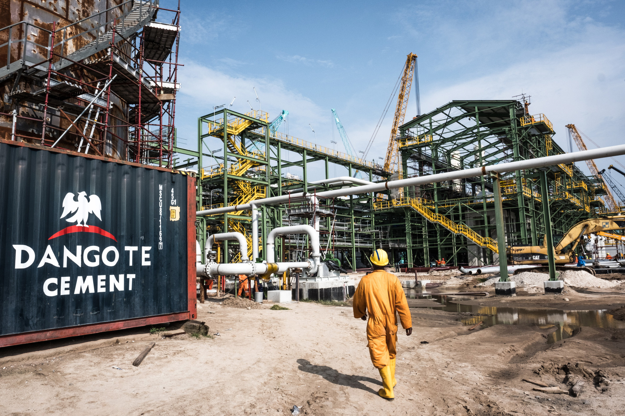 Africa's Richest Man: Dangote's $2 Billion Fertilizer Plant News - Bloomberg