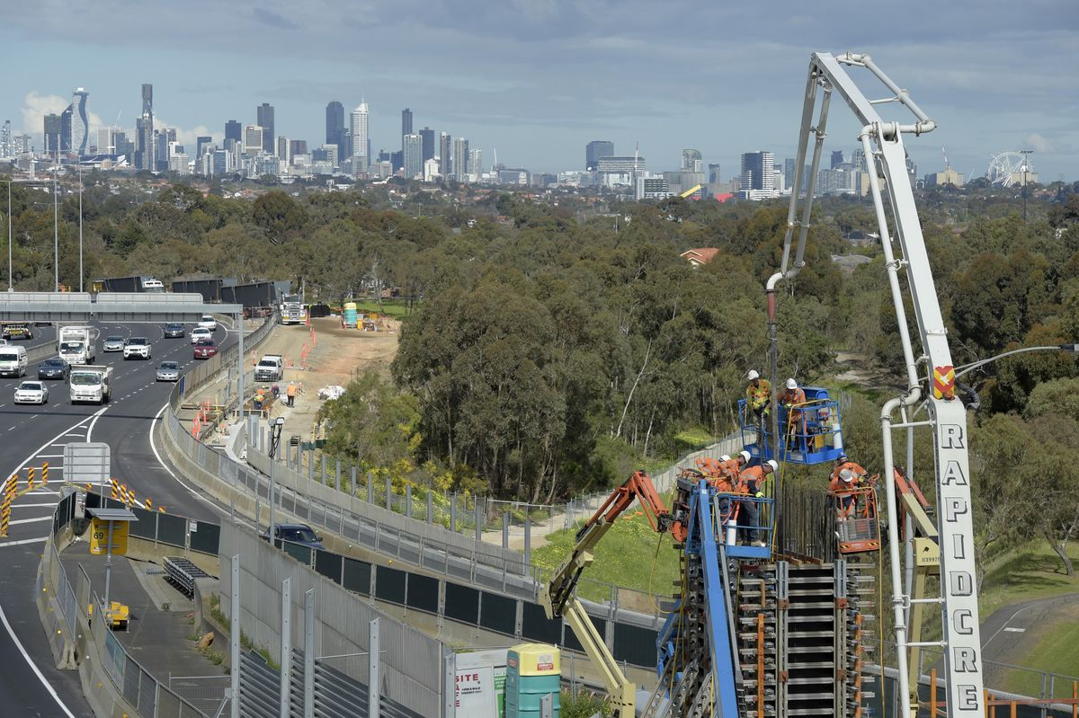 Australia to Fast-Track $2.6 Billion of Infrastructure Projects