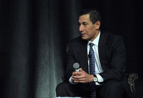 JPMorgan Names Hernandez, Masters to New Investment Bank Posts