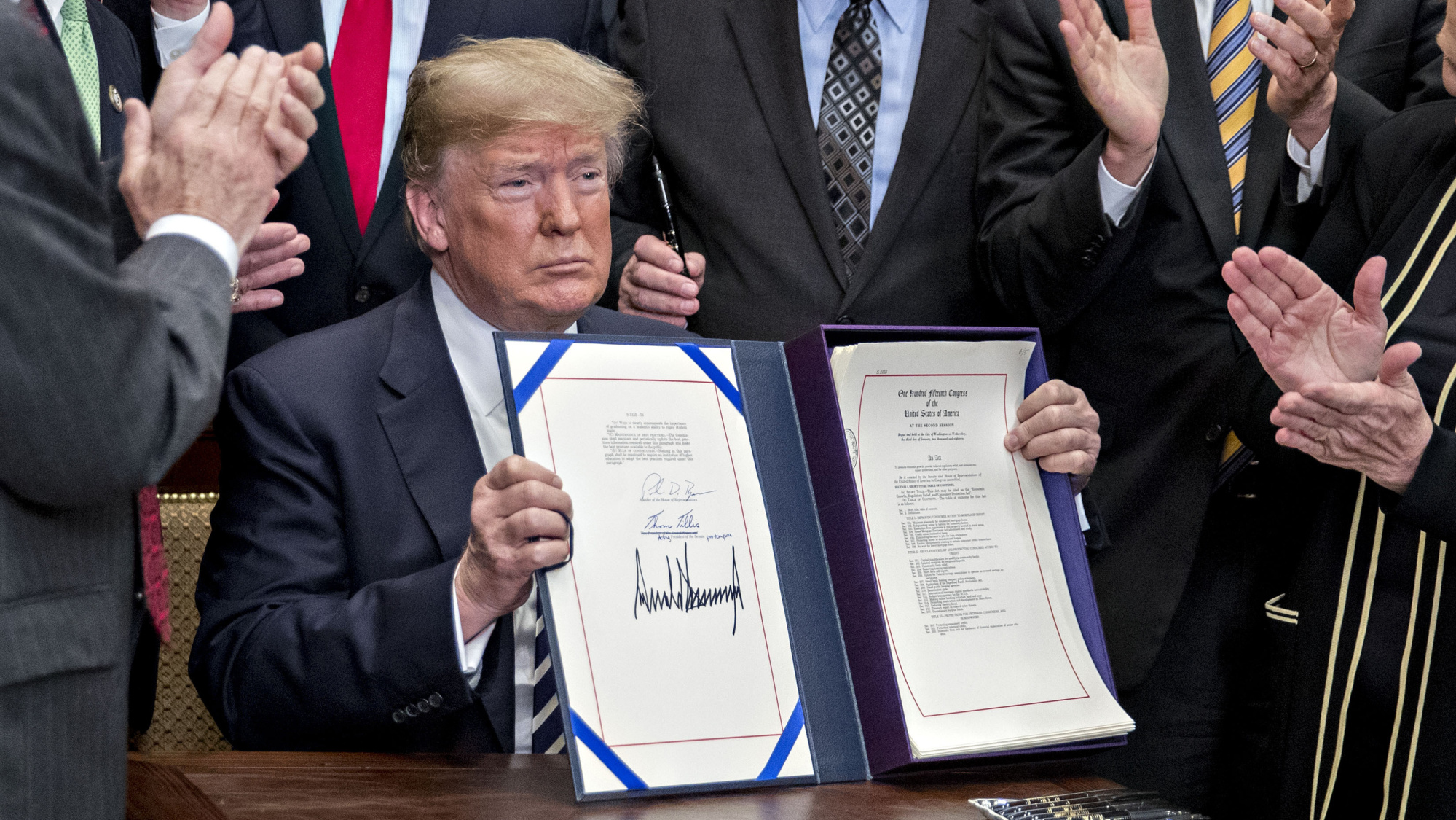 Trump Signs Biggest Rollback of Bank Rules Since Dodd-Frank