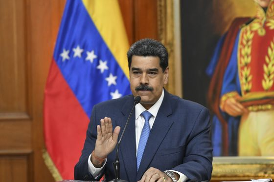 Maduro Orders Court Takeover of Opposition Parties Ahead of Vote