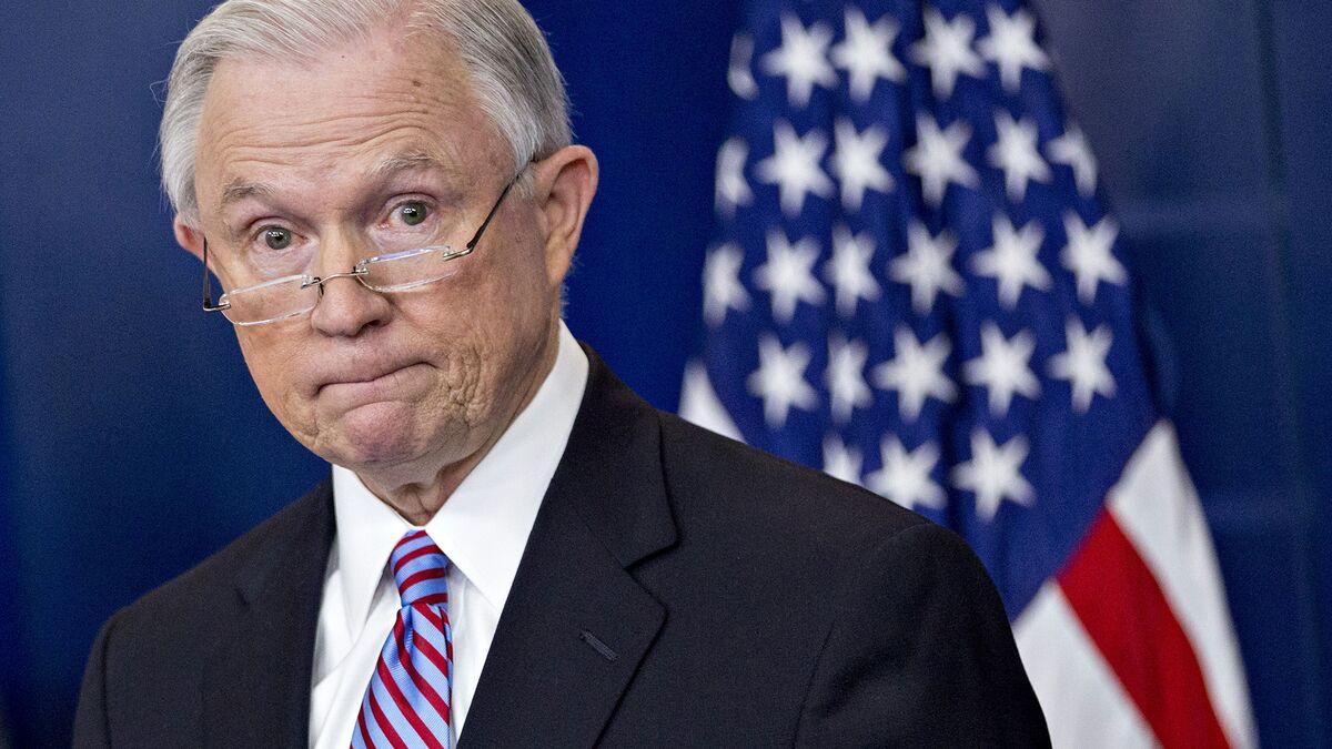 Republican Senators Rally Around Sessions in Rebuke to Trump