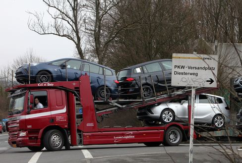GM Closing Factory in Germany Seen Emboldening Others