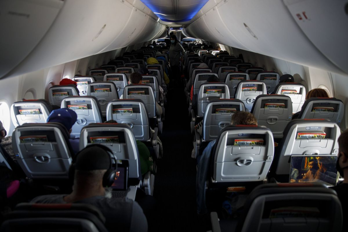 Airlines Near 50,000 Job Cuts as American, United Feel Squeeze