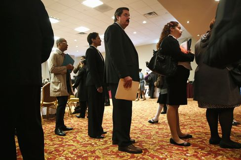 Initial Jobless Claims in U.S. Fall 16,000 Last Week to 339,000