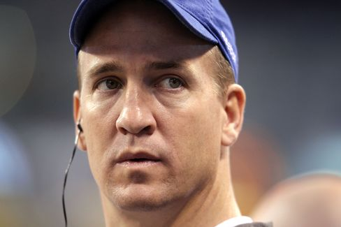 Manning Losing to Luck as ESPN Says Colts Deny $28 Million