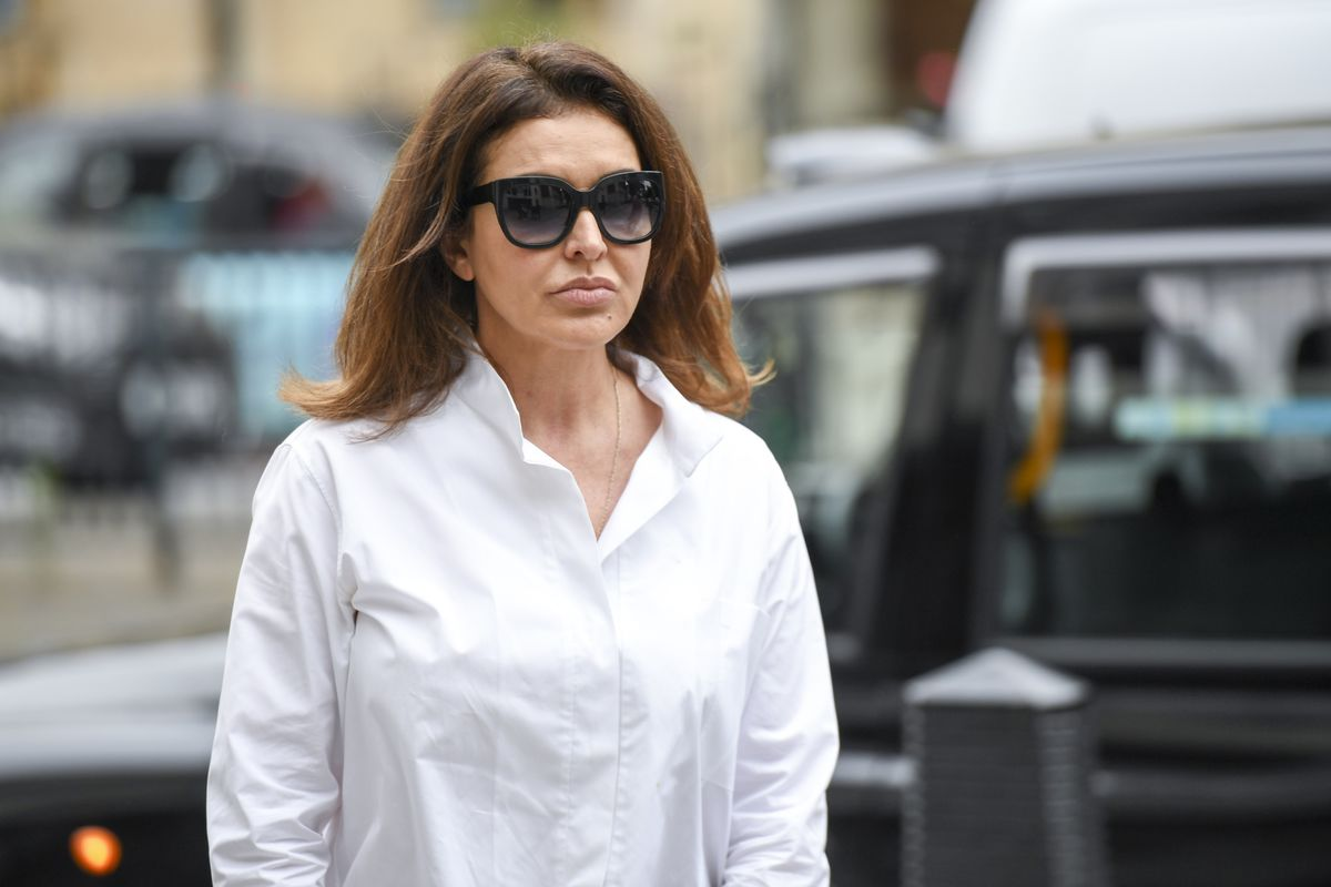 Banker's Wife Part of Organized Crime Group, Government Tells U.K. Court