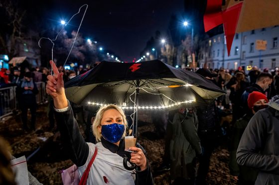Polish Ruling Party's Backing Plunges on Abortion Ban