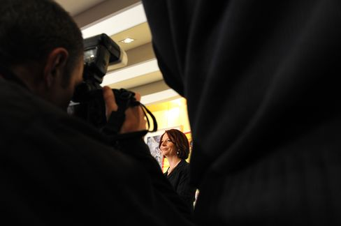 Gillard's Bias Battle Replicated in Boardrooms Across Australia