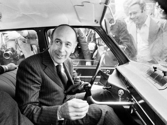Valery Giscard d'Estaing, Euro's Founding Father, Dies at 94