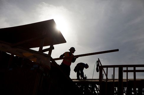 January's Strong Jobs Report Trumps a Decline in GDP