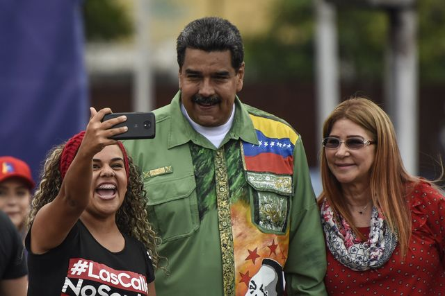 Trump Prohibits Purchase of Debts Owed to Venezuela, PDVSA