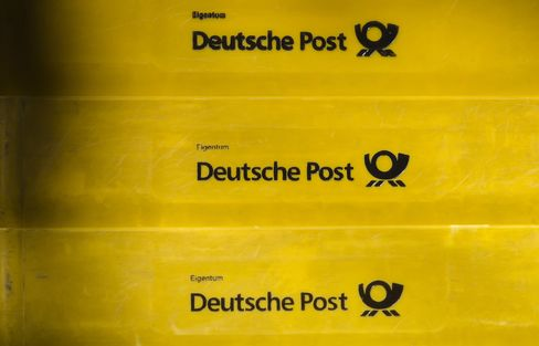 Deutsche Post Tests Drop-Off Containers to Spur Online Retailing