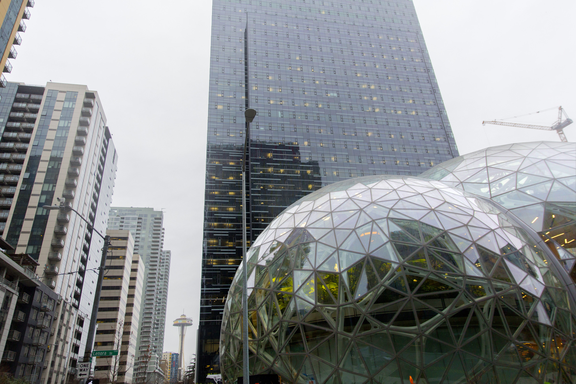 bloomberg.com - Matt Day - Amazon Employees Embrace Activism, Echoing Peers in Silicon Valley