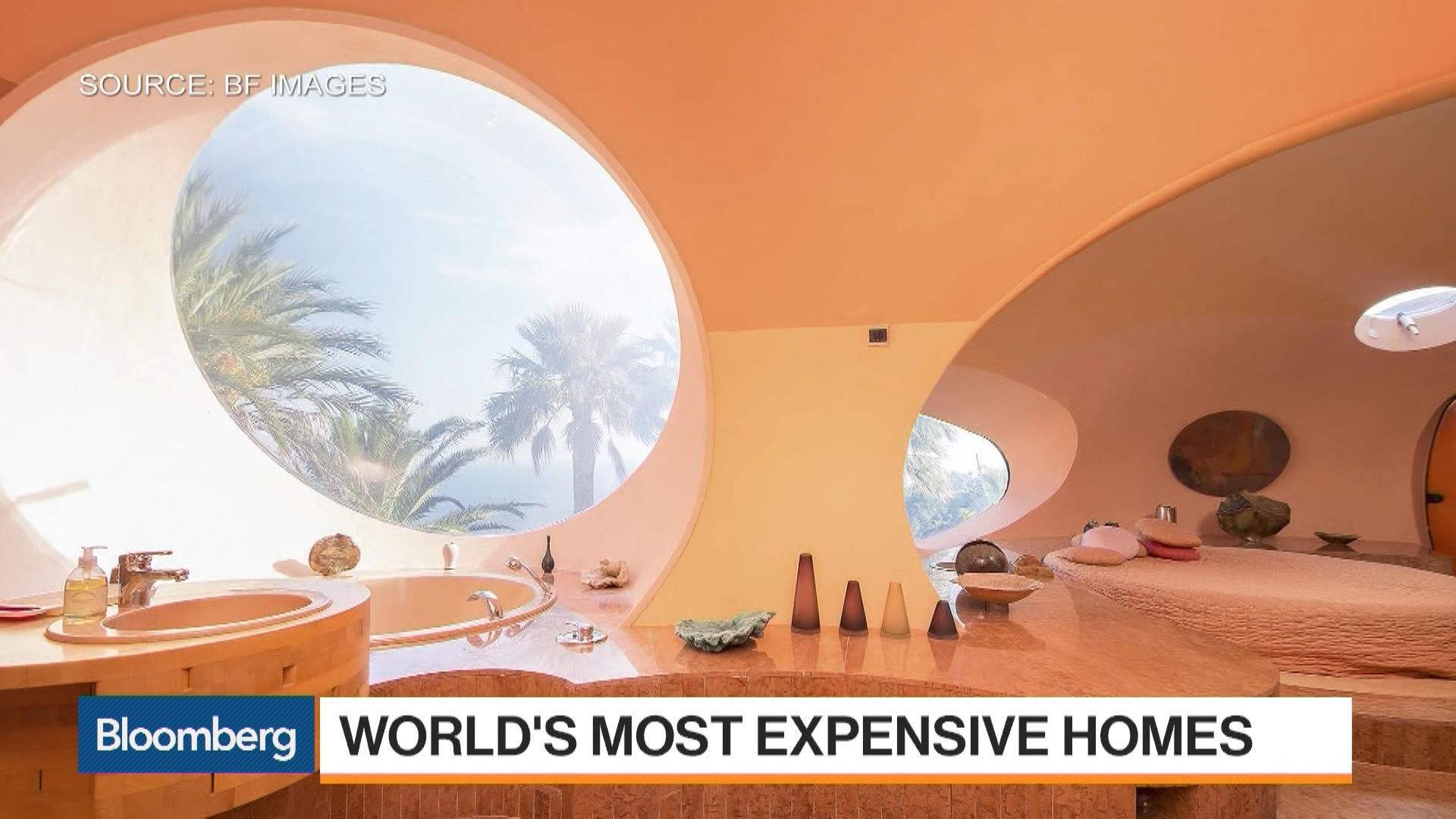 The world 39 s most expensive homes on the market now bloomberg for Most expensive homes on the market