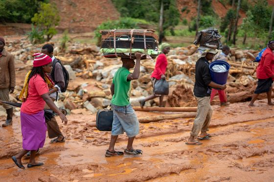 Mozambique Cyclone Death Toll Doubles as Flood Waters Rise