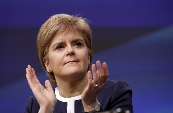 Scottish Leader Pushes Customs Union With EU Brexit Negotiator