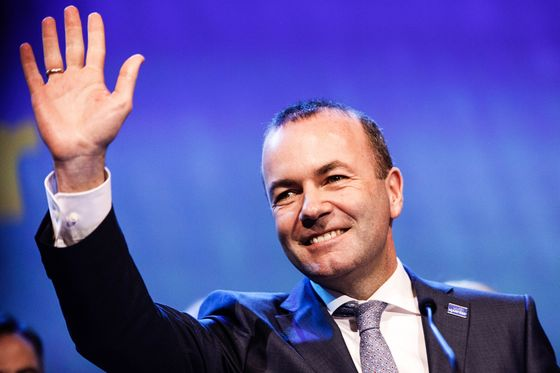 Orban Fails to Convince EU Party Leader Amid Expulsion Push