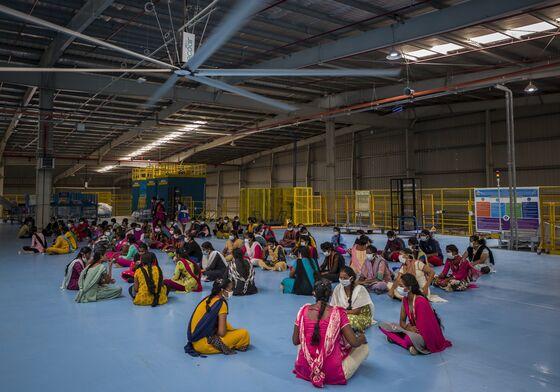 Amazon and Walmart Brace for Crucial Diwali Showdown