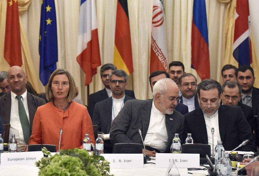 Η Ευρώπη πρέπει να σταματήσει να προσπαθεί να σώσει τη συμφωνία με το Ιράν