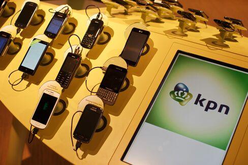 Billionaires Snubbed in Netherlands Show Phone Stocks Rebounding
