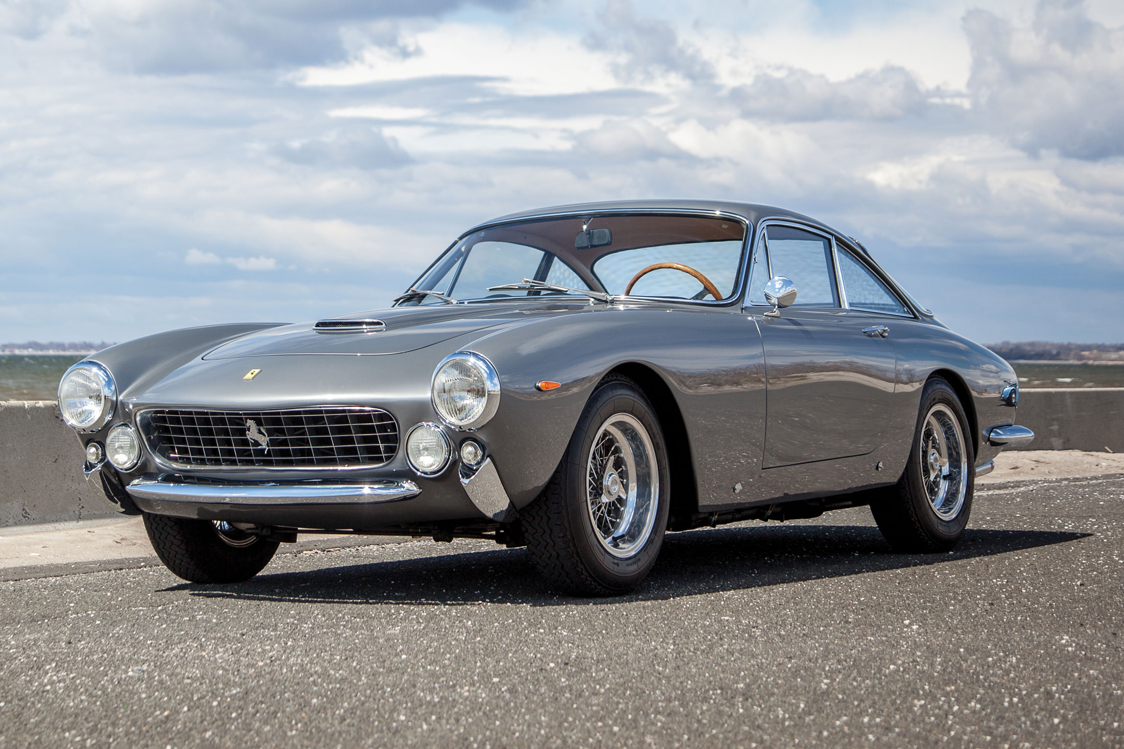 1963 Ferrari 250 GT/L Berlinetta 'Lusso' | RM Sotheby's | Estimate: $2.3 million