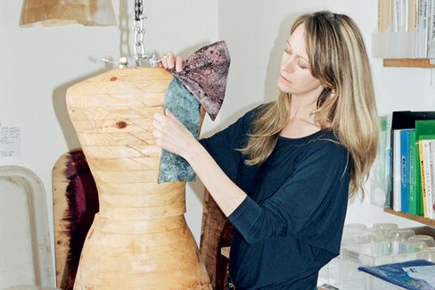 Suzanne Lee's BioCouture: Fashion Grown From Bacteria