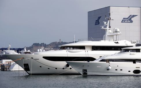 Superyacht-Maker Ferretti Plans China Plant on Rising Wealth
