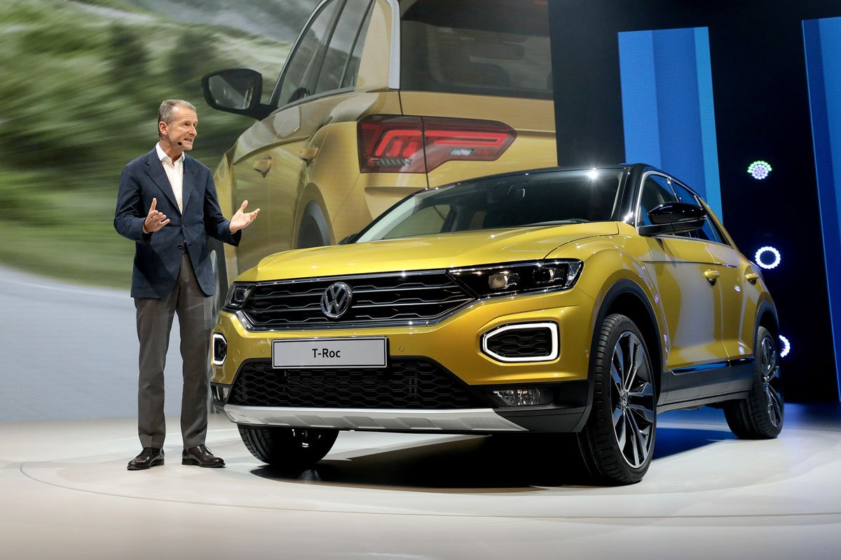 Vw Rolls Out A Two Tone Compact Suv To Challenge Nissan